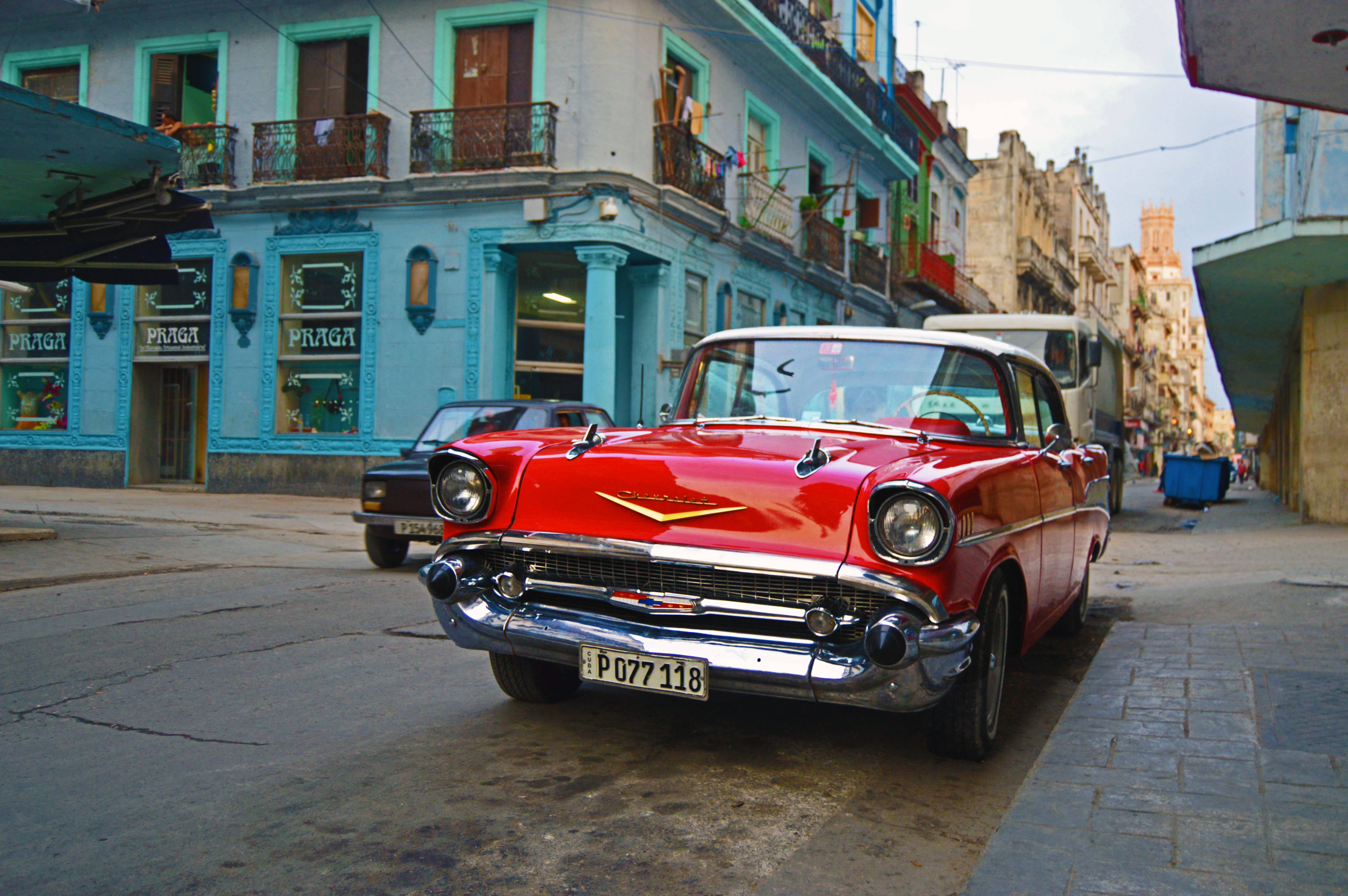 Don't get stranded in Cuba! 8 tips for Americans to help your Cuban vacation go smoothly.